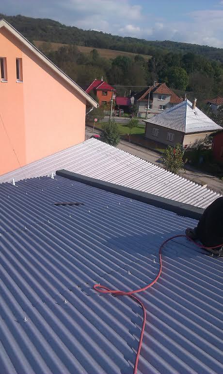 ZŠ v Bošáci oprava strechy - telocvičňa 2014