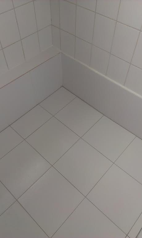 oprava sprchy - izolácia+ dlažba 2015